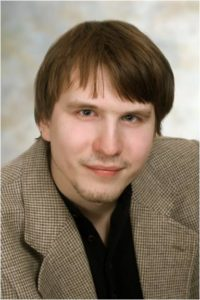 Николай Хруст